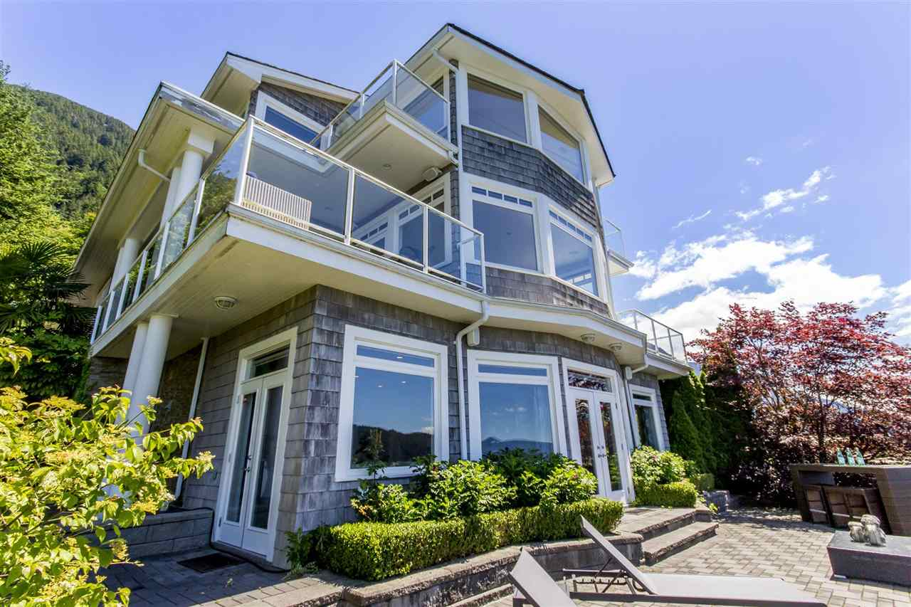 1 OCEAN POINT DRIVE, West Vancouver, BC V7W 3G7