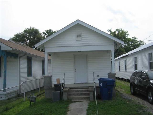 1330 HANCOCK Street, Gretna, LA 70053