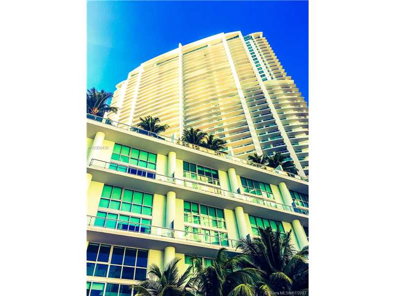 90 SW 3rd St 1105, Miami, FL 33130