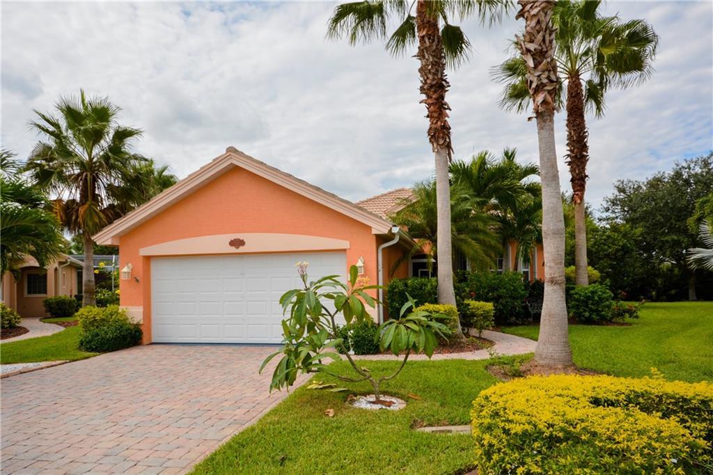 533 NW Cherry Oak Way, Jensen Beach, FL 34957