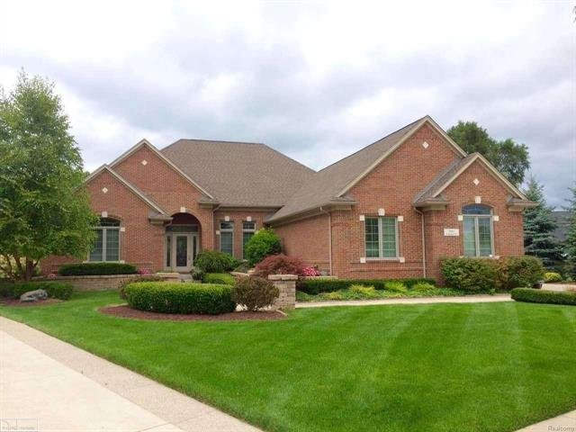 6041 Adams Ct, WASHINGTON TWP, MI 48094