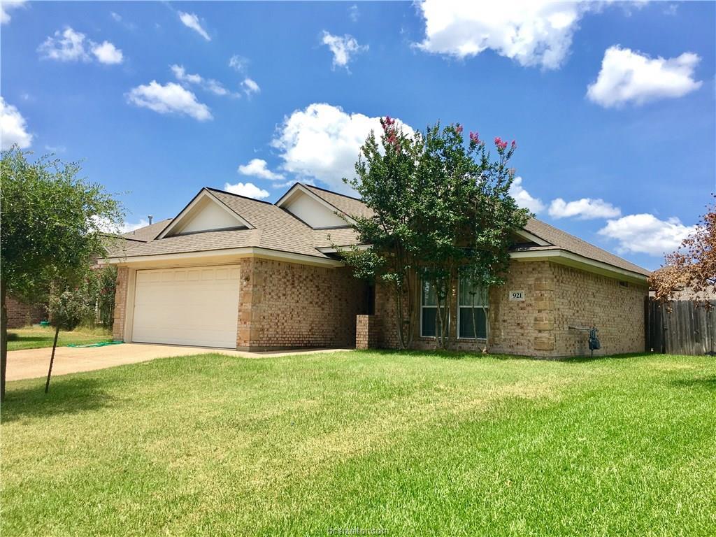 921 Turtle Dove, College Station, TX 77845