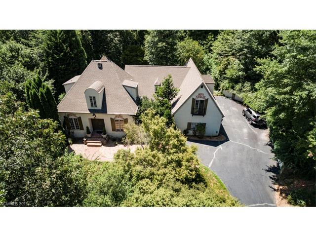 280 Sweetwater Hills Drive, Hendersonville, NC 28791