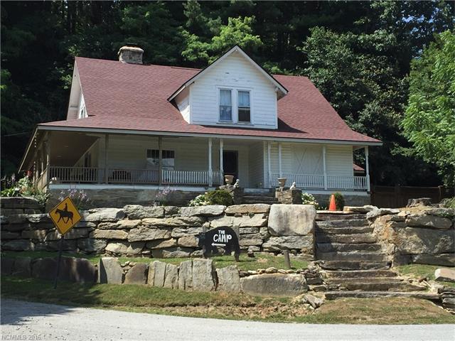 1444 Middle Fork Road, Bat Cave, NC 28710