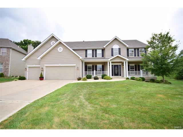 5514 Wooded Creek Drive, St Charles, MO 63304