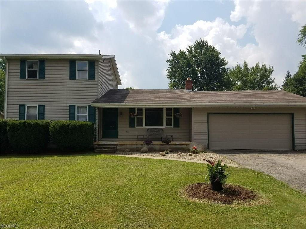 4095 Kirk Rd, Youngstown, OH 44511