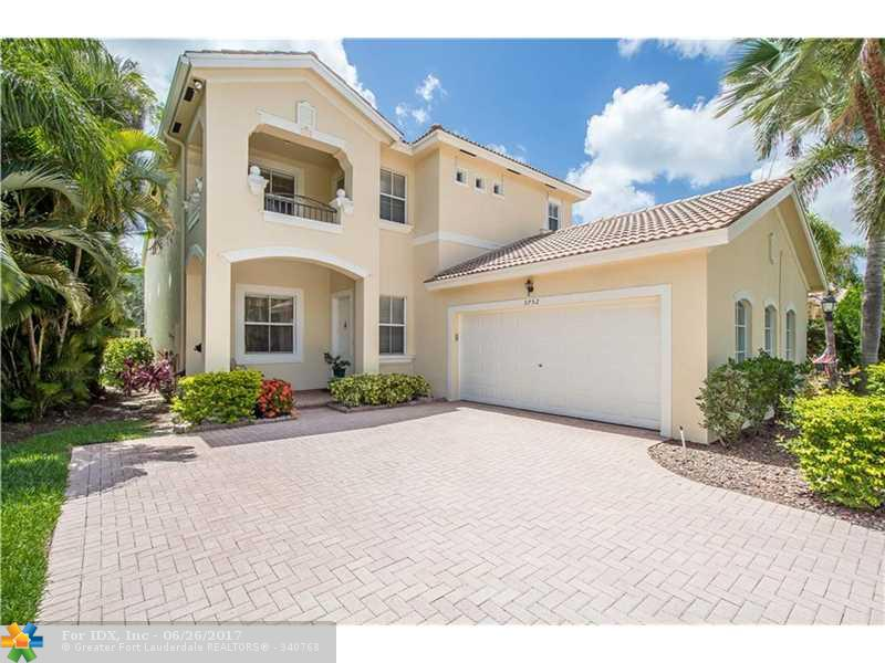 5752 NW 121st Ter, Coral Springs, FL 33076