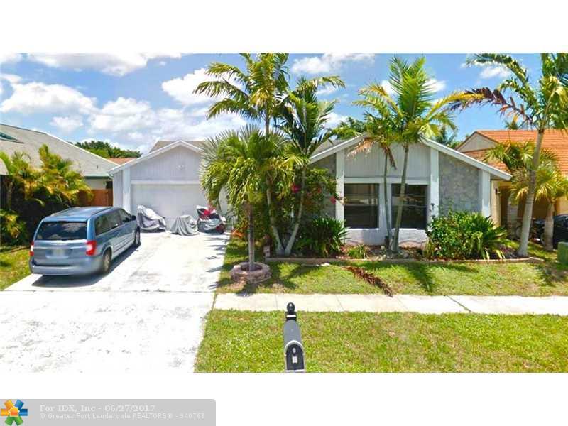 11641 Countryview Ln, Boca Raton, FL 33428