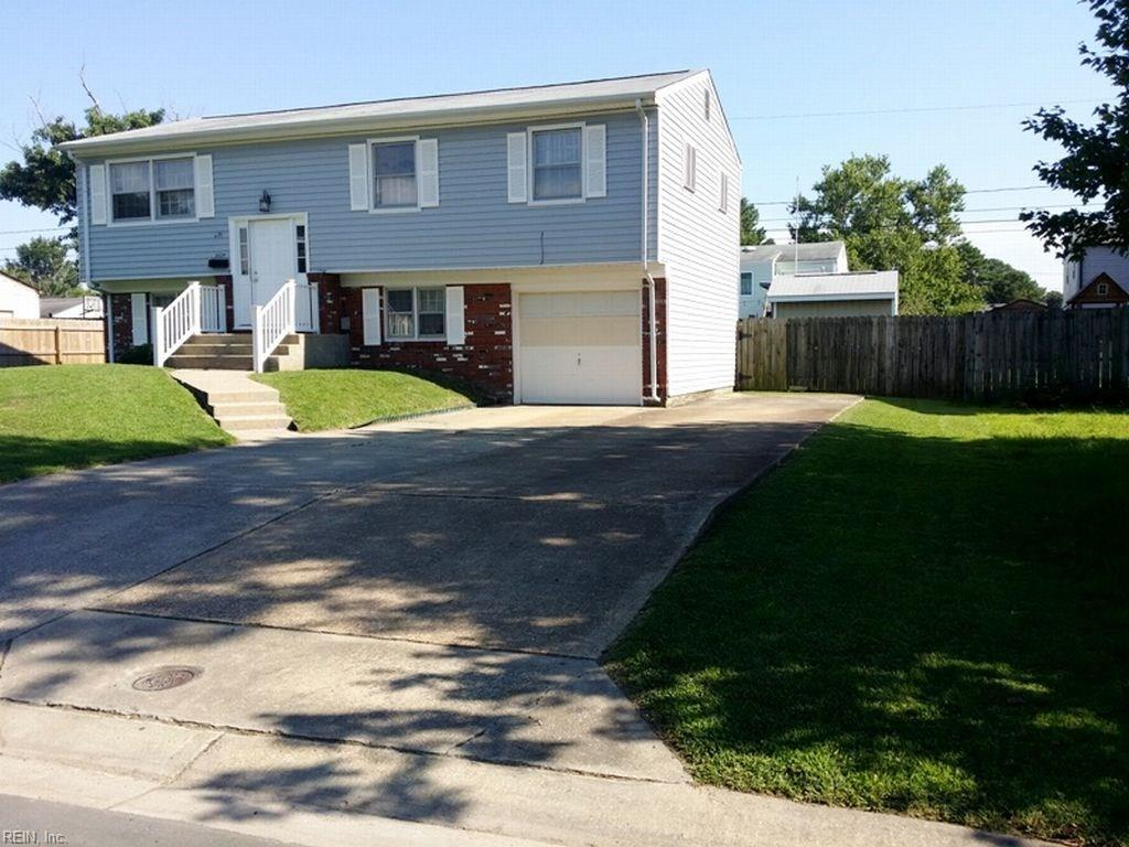 3029 COACH HOUSE LN, Virginia Beach, VA 23452