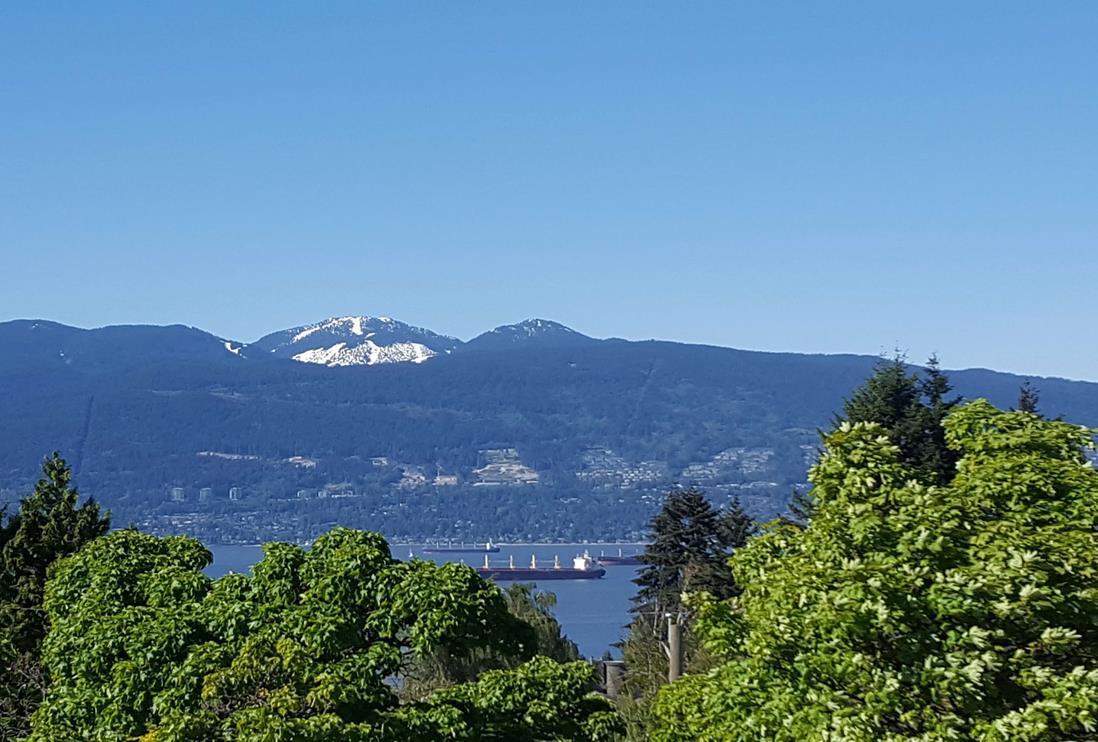 4498 W 7TH AVENUE, Vancouver, BC V6R 1W9