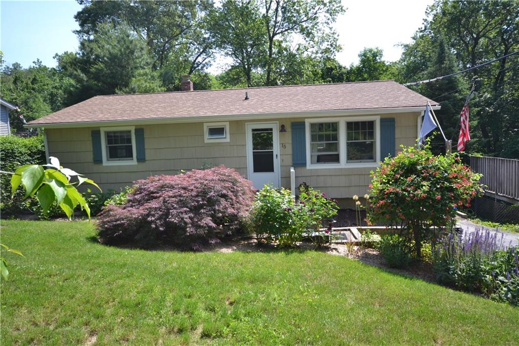 15 Main Drive, Brookfield, CT 06804