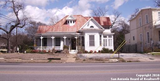 405 S Seguin Ave, New Braunfels, TX 78130