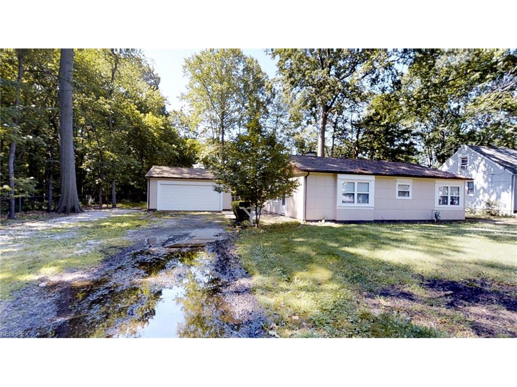 38654 Ninadell Ave, Willoughby, OH 44094