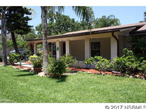 903 Myrtle Ave, New Smyrna Beach, FL 32168