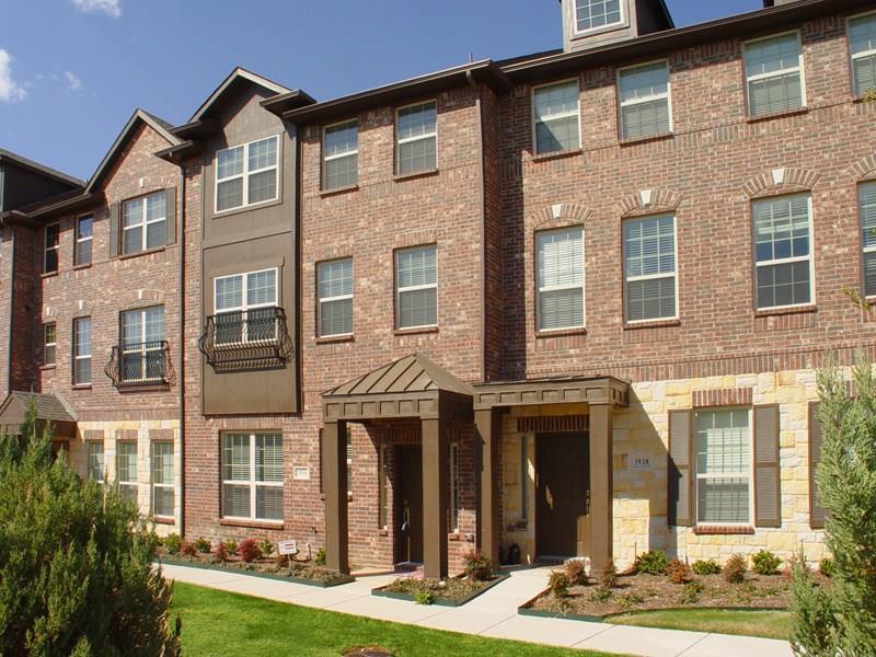 3936 Amberwood Drive, Addison, TX 75001