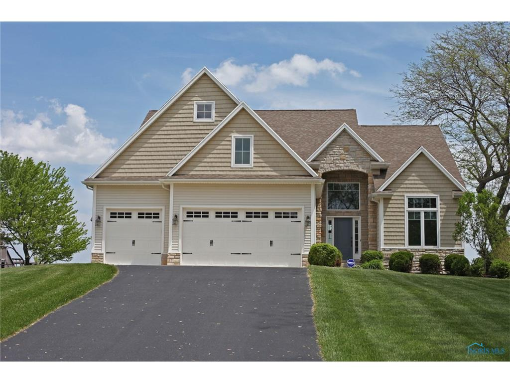 12451 Lagoon Drive, Curtice, OH 43412