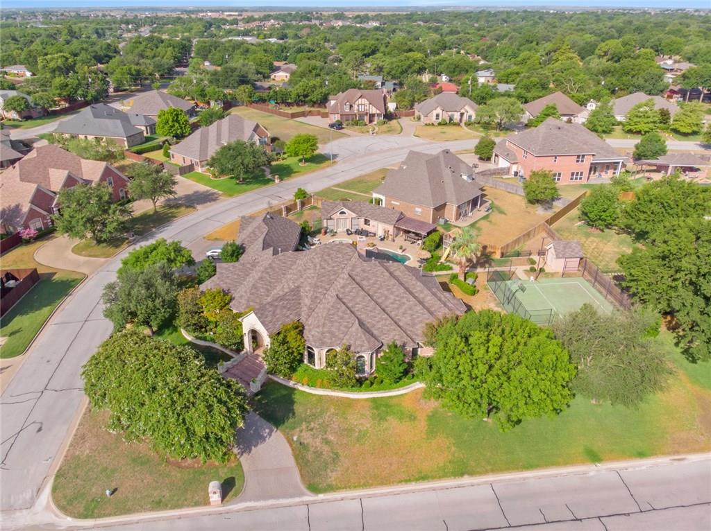 1122 Berkley Drive, Cleburne, TX 76033