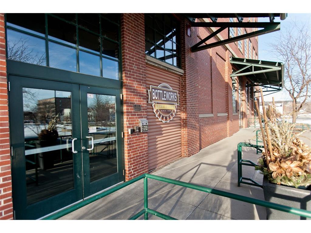 905 3rd Street SE 108, Cedar Rapids, IA 52401