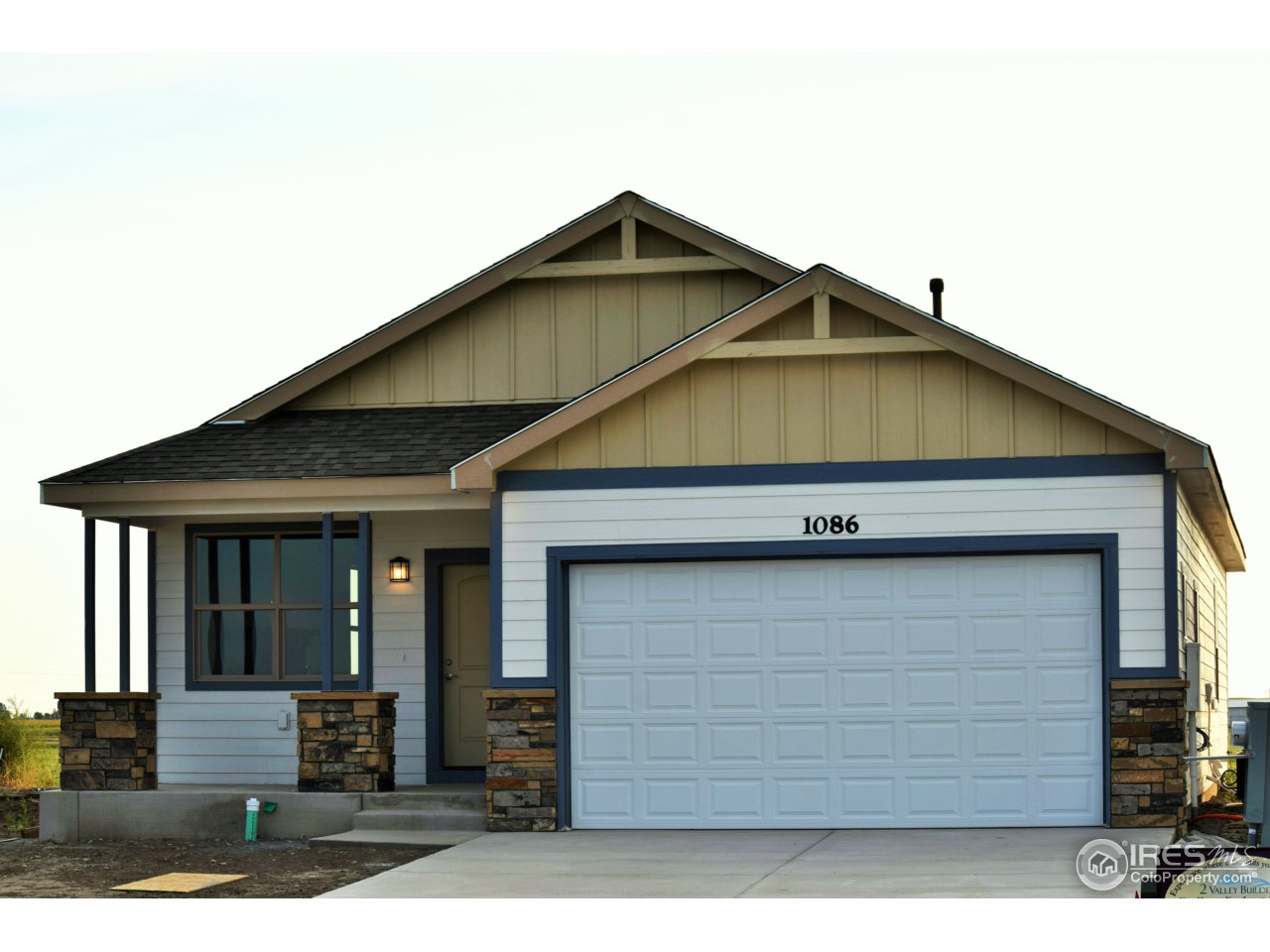 1086 Johnson St, Wiggins, CO 80654
