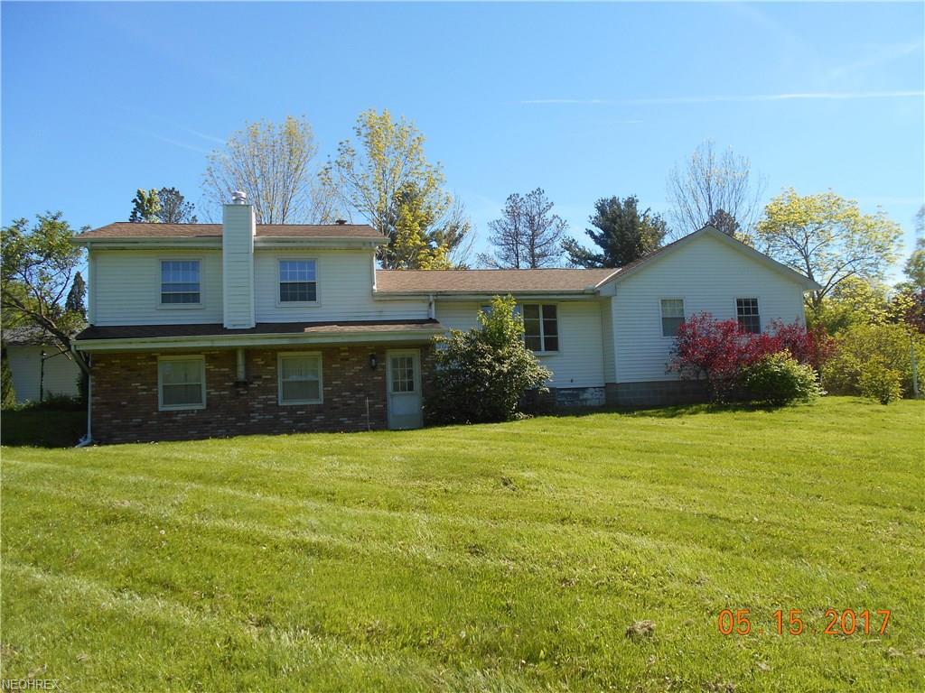 7995 Cedar Rd, Chesterland, OH 44026