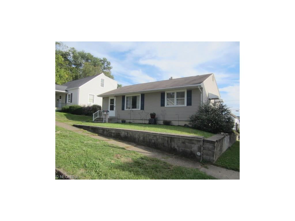1529 E Main St, Coshocton, OH 43812