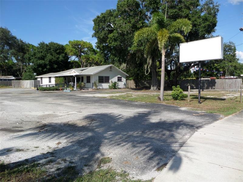 5639 54TH AVENUE N, KENNETH CITY, FL 33709