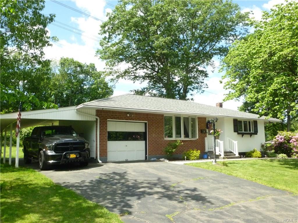 9 Woodridge Drive, Garnerville, NY 10923