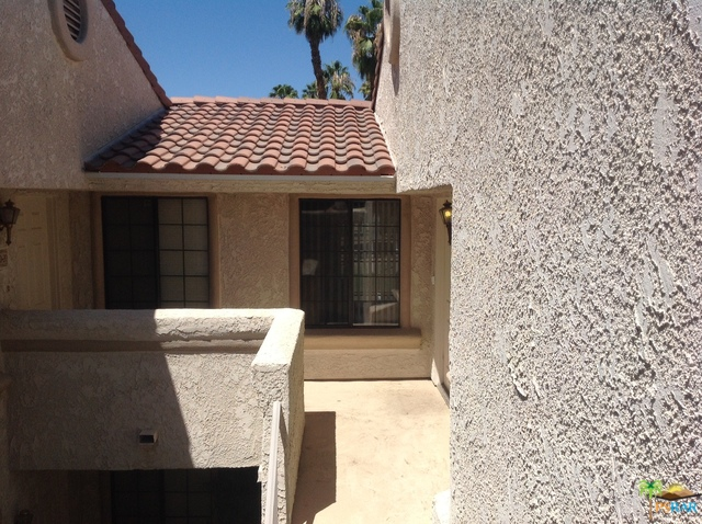 2700 E Mesquite Avenue D22, Palm Springs, CA 92264