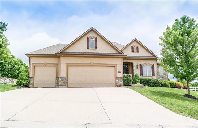 1017 SW Stoney Point Road, Grain Valley, MO 64029