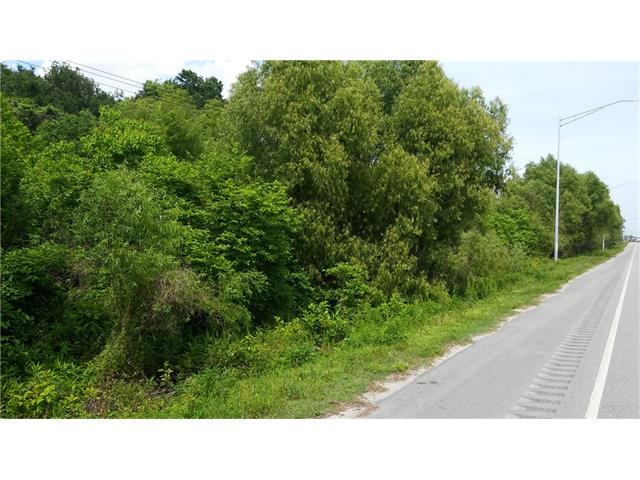 118 CHEF MENTEUR Highway, New Orleans, LA 70129