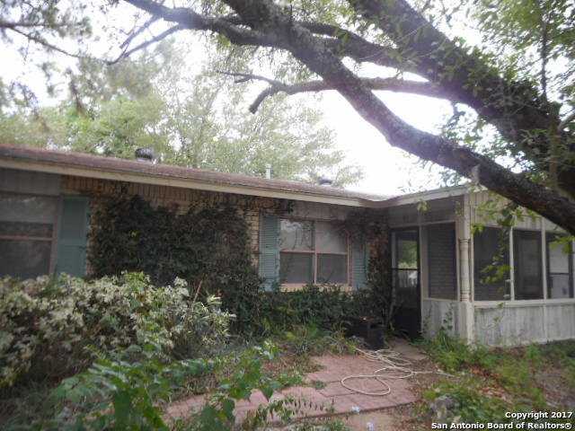 1307 Main St, Pleasanton, TX 78064