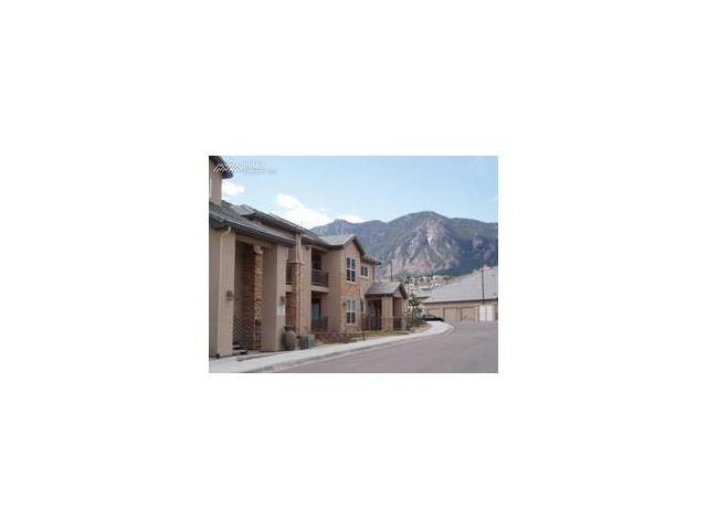 605 Cougar Bluff Point 101, Colorado Springs, CO 80906