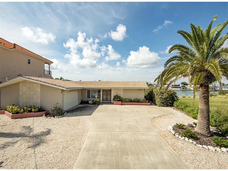 360 PALM ISLAND NE, CLEARWATER BEACH, FL 33767