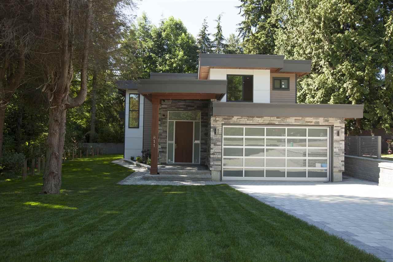 811 E 21ST STREET, North Vancouver, BC V7J 1N8