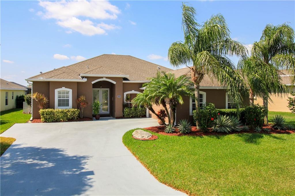450 NW Emilia Way, Jensen Beach, FL 34957