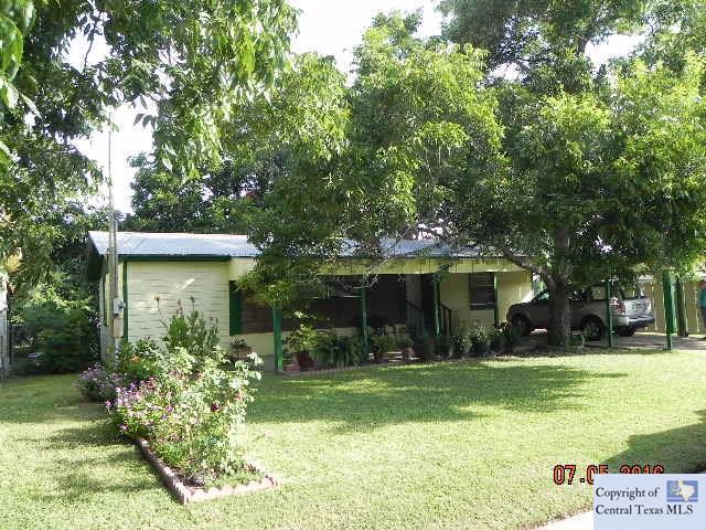 510 Juengerman Street, Gonzales, TX 78629