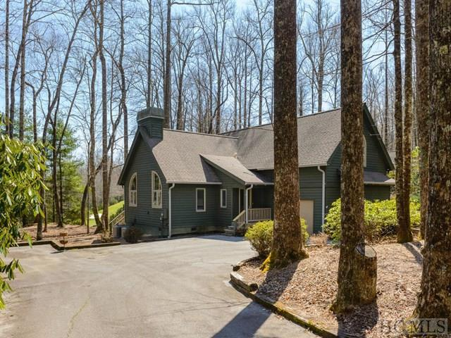 170 Mossy Rock Road, Sapphire, NC 28774