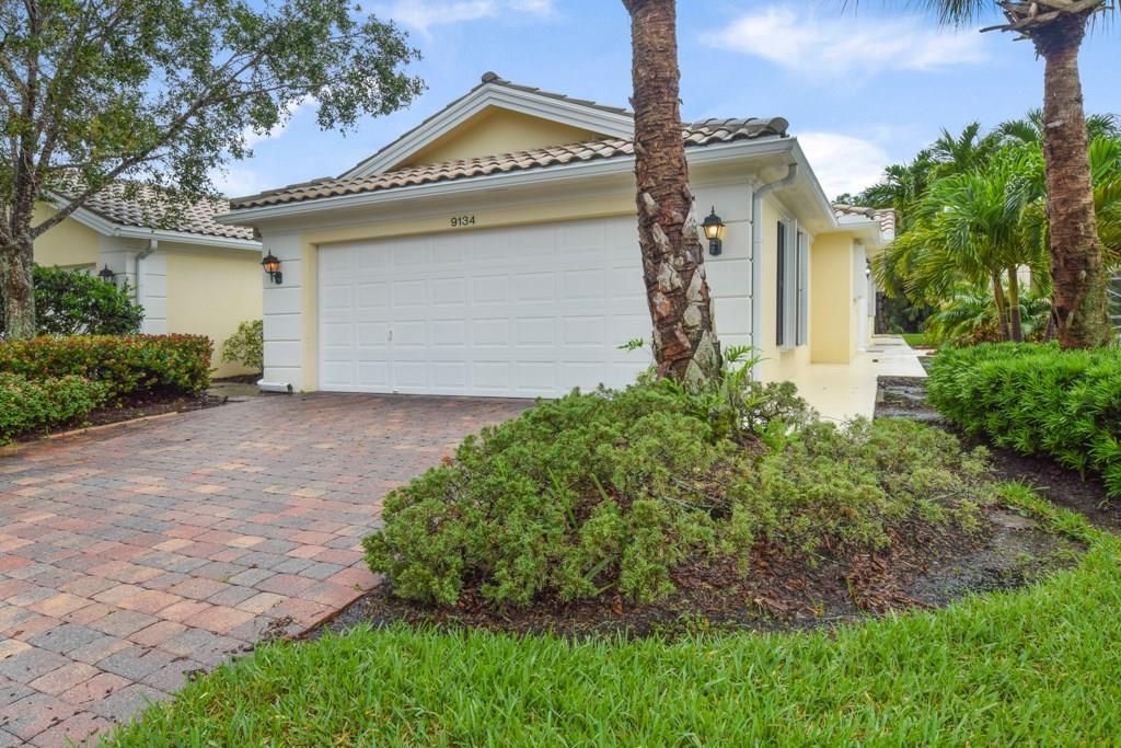 9134 SE Hawks Nest CT, Hobe Sound, FL 33455