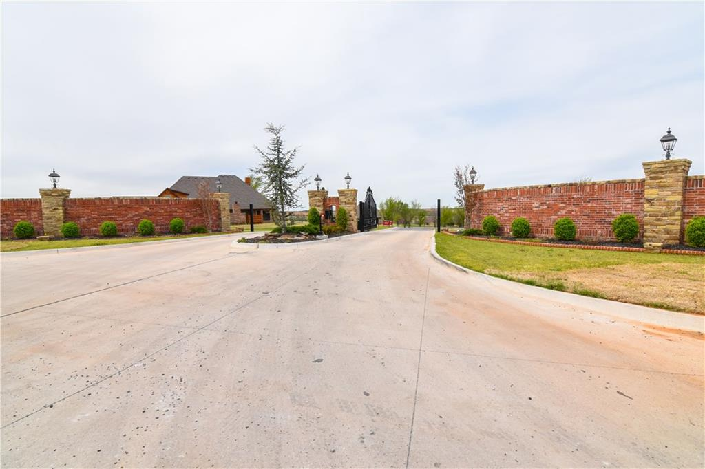 5368 Tina Court, Norman, OK 73072