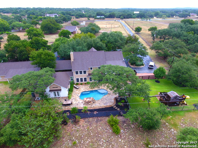 31727 Meadow Creek Trl, Fair Oaks Ranch, TX 78015