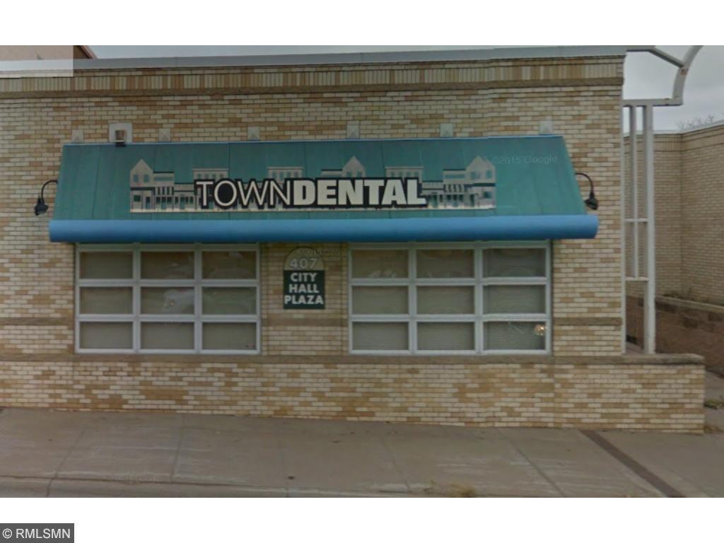 407 N Chestnut Street, Chaska, MN 55318