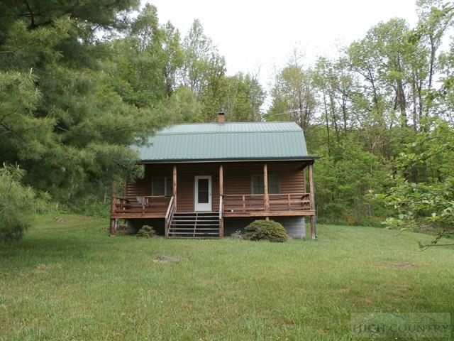 954 Holly Dale Drive, Spruce Pine, NC 28777