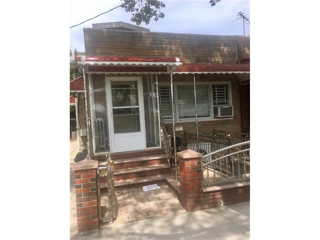 935 E 88 Street, Brooklyn, NY 11236