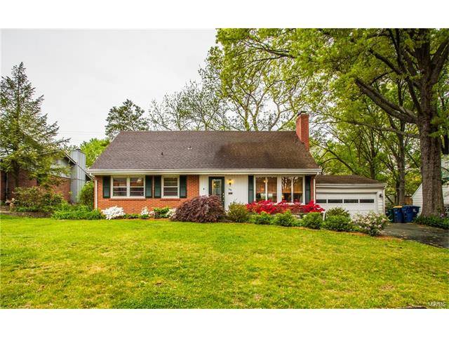 548 Lyman Place, Webster Groves, MO 63119