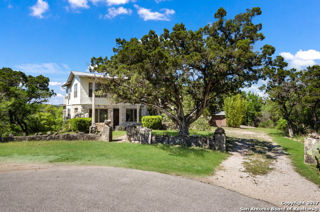 19026 LOOKOUT MOUNTAIN TRL, Helotes, TX 78023