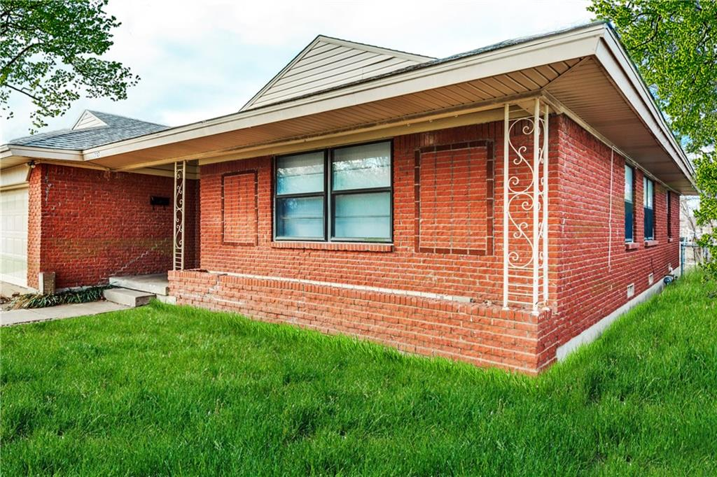 1707 W College Street, Sherman, TX 75092