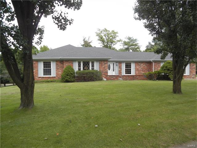 624 Packford Drive, Chesterfield, MO 63017