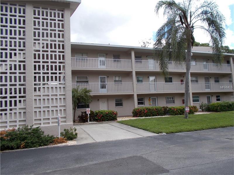 3987 MACEACHEN BOULEVARD 120, SARASOTA, FL 34233
