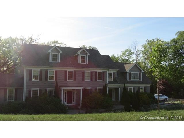 9 Mountain View Ct, Oxford, CT 06478