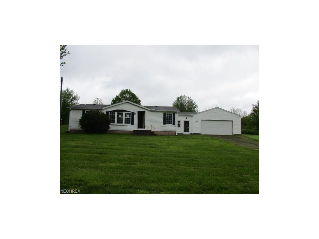 321 Oakview Ave, Struthers, OH 44471
